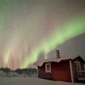 Amazing shots of the northern lights by Christian Mülhauser