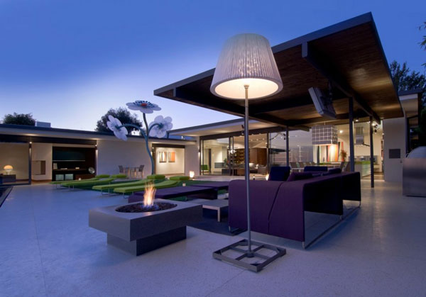 Luxurious House in the Hollywood Hills, California by Whipple Russell Architects