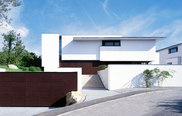 MIKI 1 House Modern Architecture by Alexander Brenner Architects