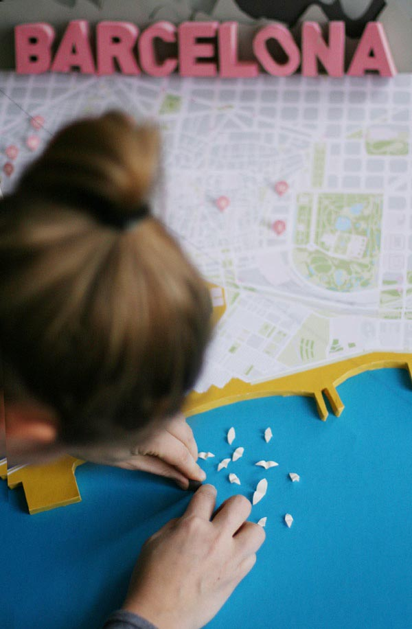 Barcelona 3D Papercraft City Map