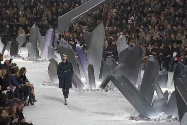 CHANEL Fall-Winter 2012/13 Ready-to-Wear Fashion Show