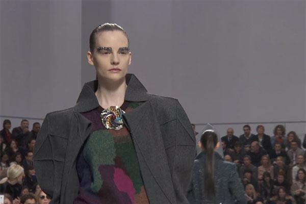 CHANEL Fall-Winter 2012/13 Fashion Show: Ready-to-Wear show Trailer
