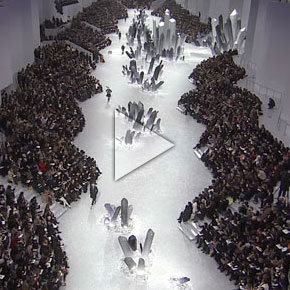 Chanel's Fascinating Fashion Show Fall-Winter 2012/13 Ready-to-Wear show Trailer