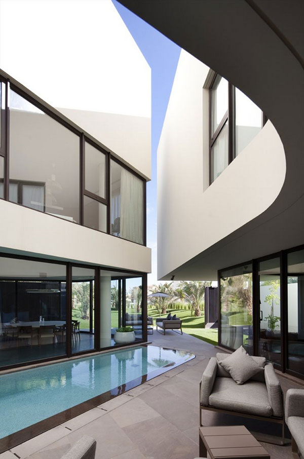 Outstanding Architecture - Inner Courtyard with Pool - Mop House by AGI Architects