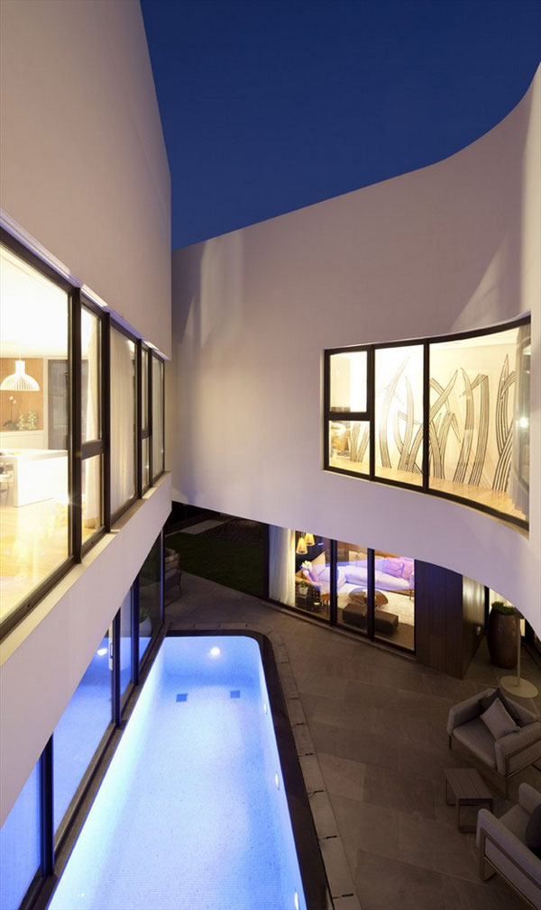 Inner Courtyard with Pool - Mop House by AGI Architects