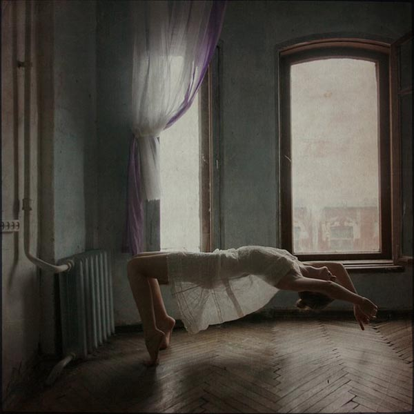 Distorted Gravity - Experimental and Artistic Photography by Anka Zhuravleva