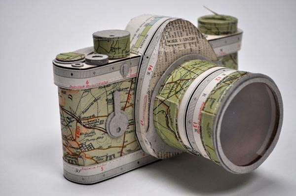 papercraft camera by Jennifer Collier