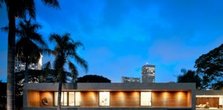 Architecture - The Casa Grecia in Sao Paulo by Isay Weinfeld