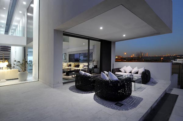 Spacious Terrace Above the City