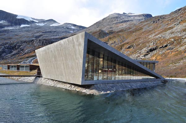 Trollstigen mountain lodge by reiulf ramstad architects for Mountain architects