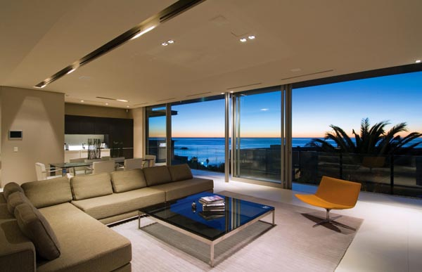 Modern Interiors by Antoni Associates - House at Lions Head, Camps Bay