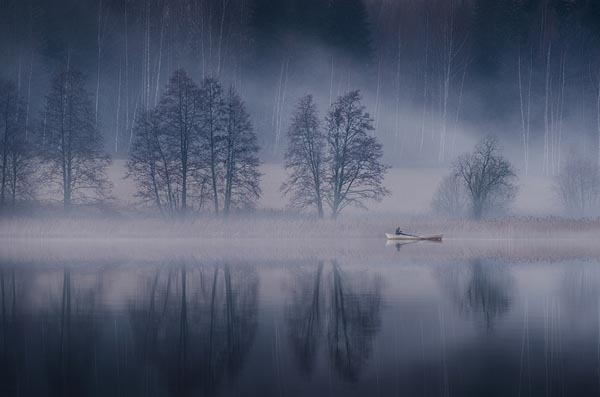 Foggy Landscape Photography by Mikko Lagerstedt
