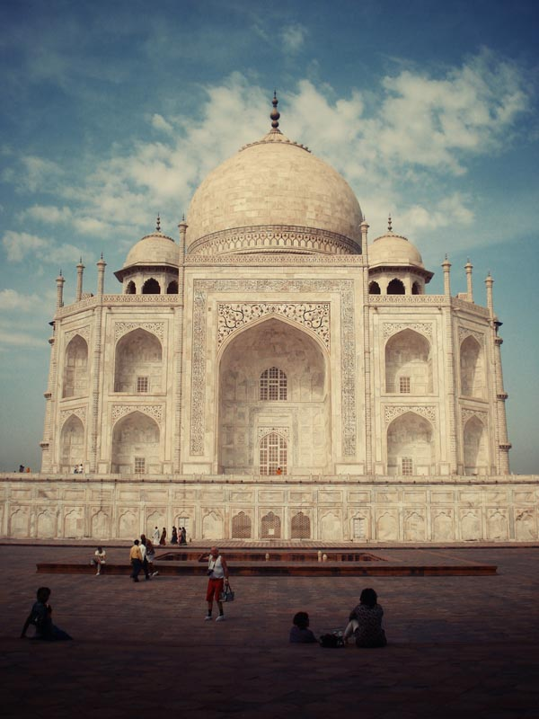 Taj Mahal Traveling Photography by Lukas Kozmus
