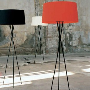 Tripode Floor Lamp by Santa & Cole
