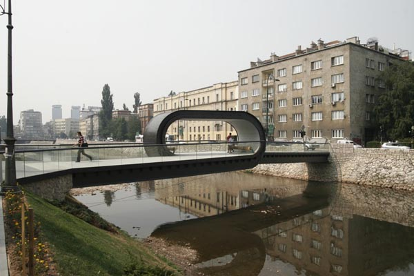 Festina Lente Looping Bridge at the Academy of Fine Arts in Sarajevo