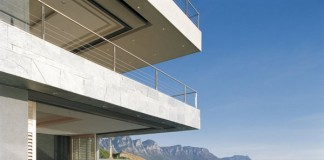 Luxury Poolside at St Leon 10 in Bantry Bay, Cape Town by SAOTA and Antoni Associates