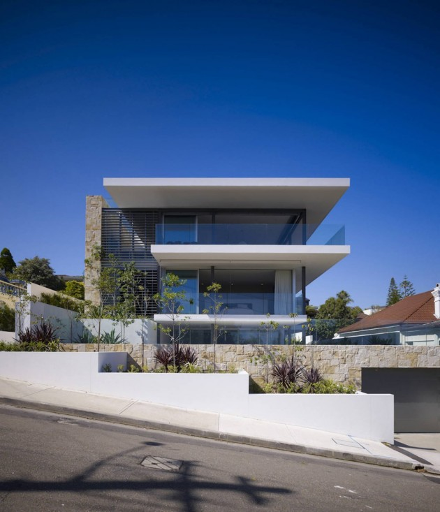 Modern Vaucluse House in Sydney, Australia by MPR Design Group