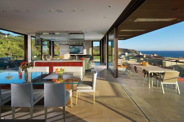 Seaside Strand Residence in Dana Point, California by Horst Architects