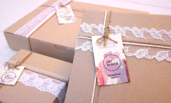 Lady in Satin - Packaging by Carla Cascales Alimbau - close up