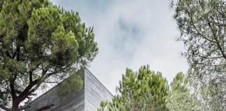 Mediterrani 32 House by Architect Daniel Isern