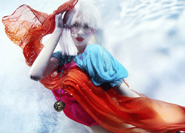 Underwater Fashion Photography by Susanne Stemmer