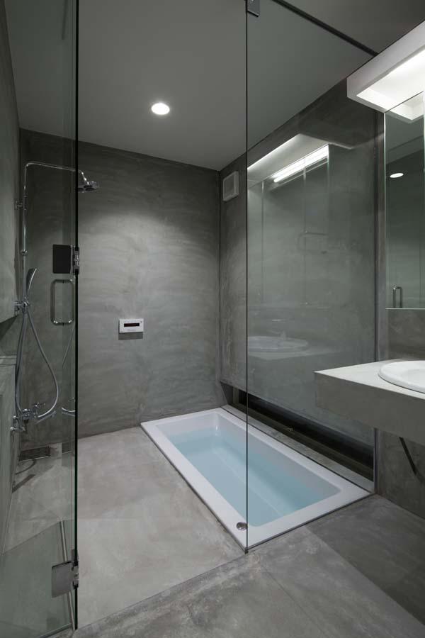 House in Tamatsu - Bathroom, Shower