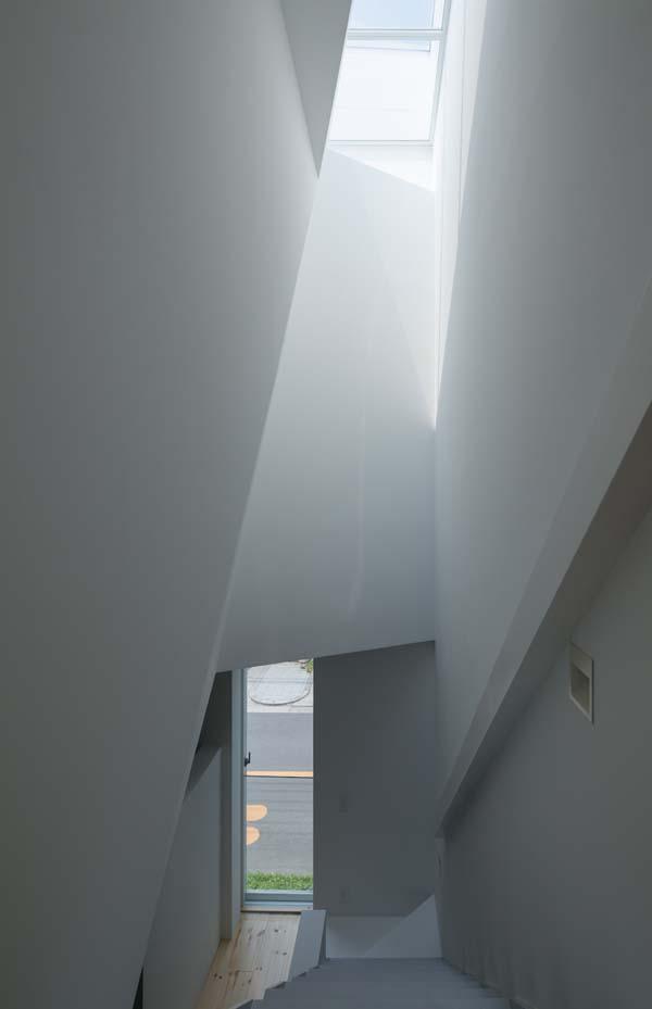 House in Tamatsu - Inside