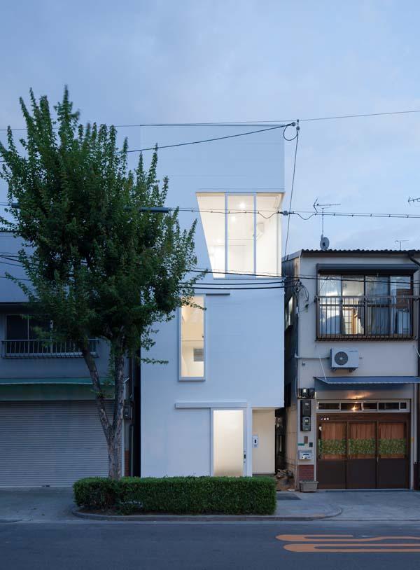 House in Tamatsu - Modern Architecture by Ido,Kenji Architectural Studio