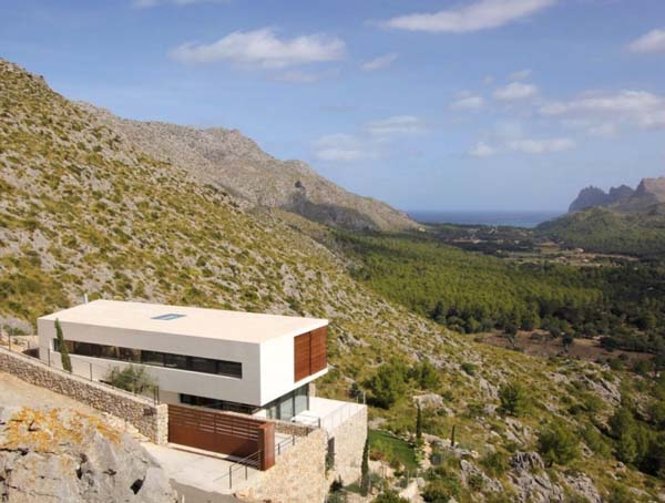 Luxurious Casa 115 in Mallorca, Spain by Architect Miquel Lacomba