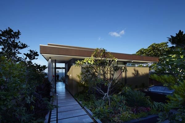 Entrance of the Bronte House - Architecture by Rolf Ockert Design