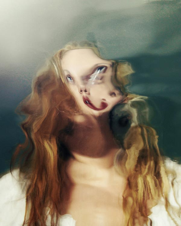 Sunday - Self Portrait in a Moving Mirror by Kalliope Amorphous