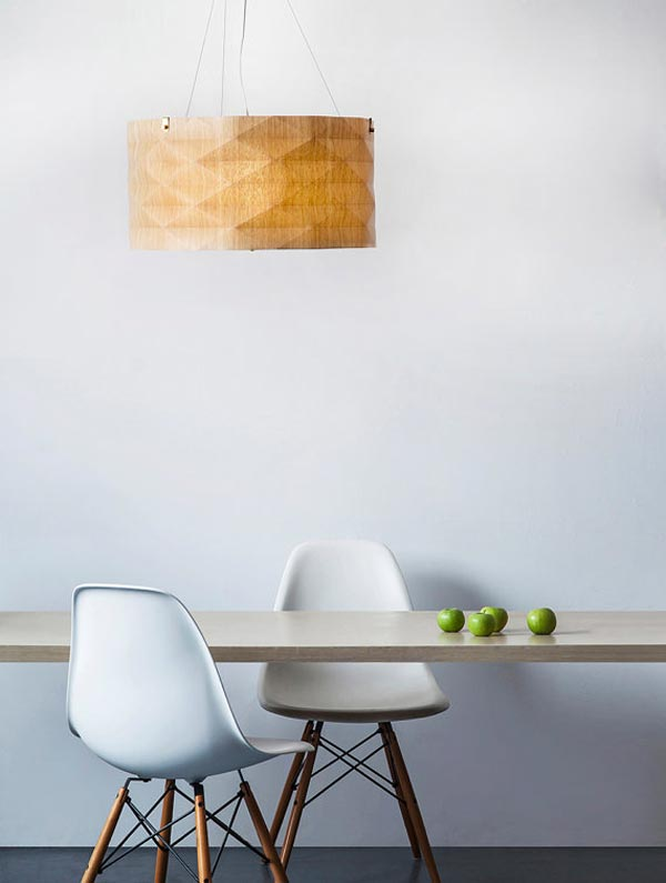 handmade veneer lighting - pendant by Ariel Zuckerman