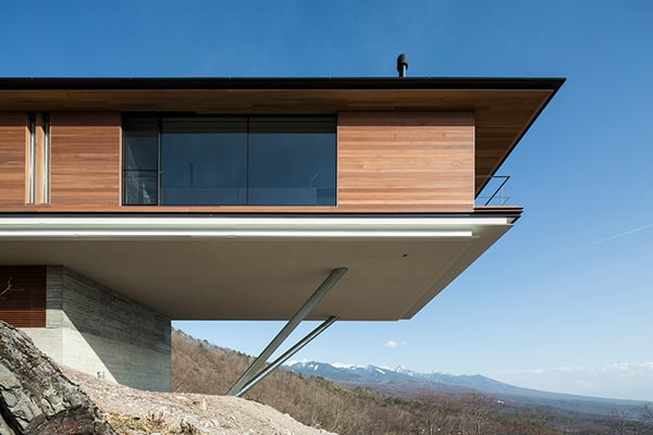House in Yatsugatake by Kidosaki Architects