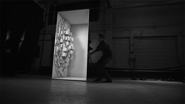 Box – A Synthesis of Real and Digital Space by Bot & Dolly