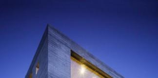 Concrete House in Switzerland by Wespi de Meuron Romeo Architetti