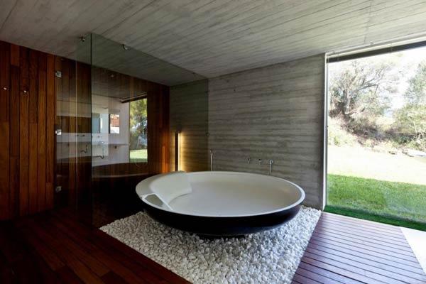 Bathroom of the Plane House by K Studio