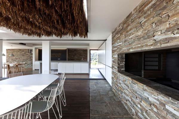 Dining Room of the Plane House by K Studio
