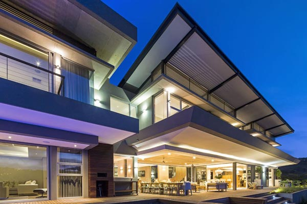 Modern Albizia House in Simbithi Eco-Estate by Metropole Architects