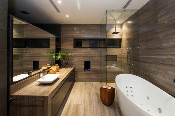 Bathroom of the CH House in Garza Garcia, Mexico by GLR Arquitectos