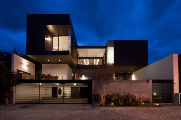 CH House in Garza Garcia, Mexico by GLR Arquitectos