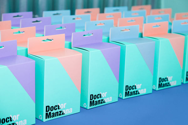 Doctor Manzana Packaging Design by Masquespacio