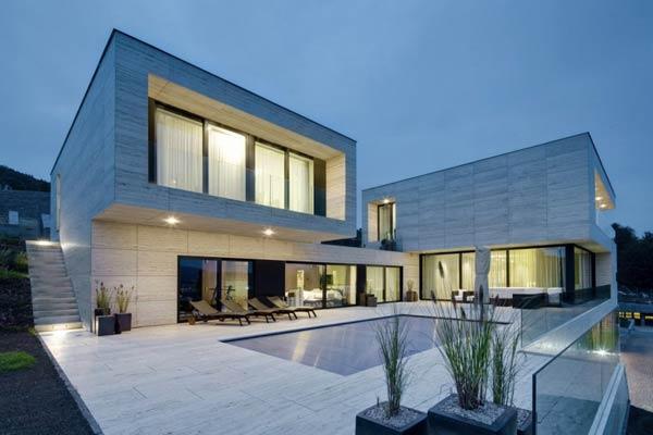 Modern Villa in Decín, Czech Republic by Studio Pha