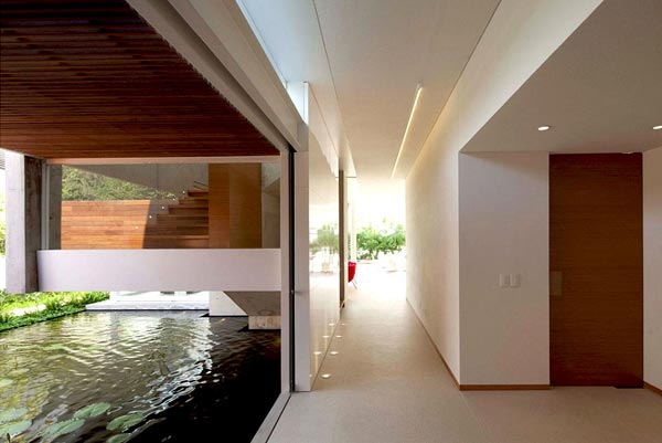 FF House – Architecture Design by Hernandez Silva Architects