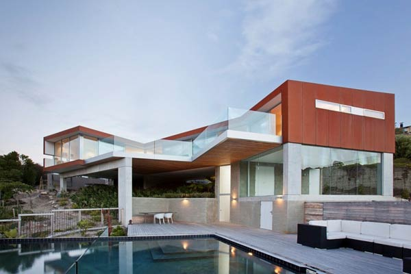 The Redcliffs House in Christchurch, New Zealand by MAP Architects