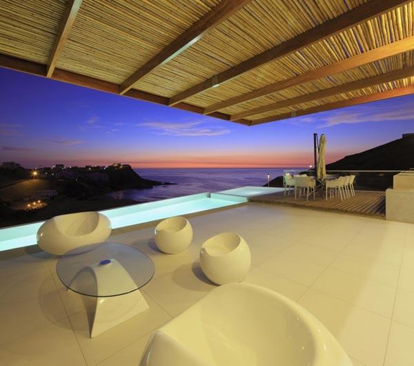 Casa Palillos E-3 in Peru by Vertice Arquitectos