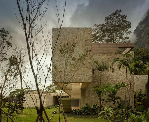 Residence in Rio de Janeiro by Arthur Casas