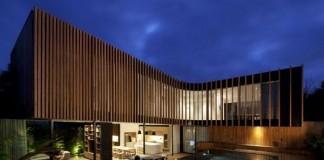 Kooyong House in Melbourne, Australia by Matt Gibson Architecture