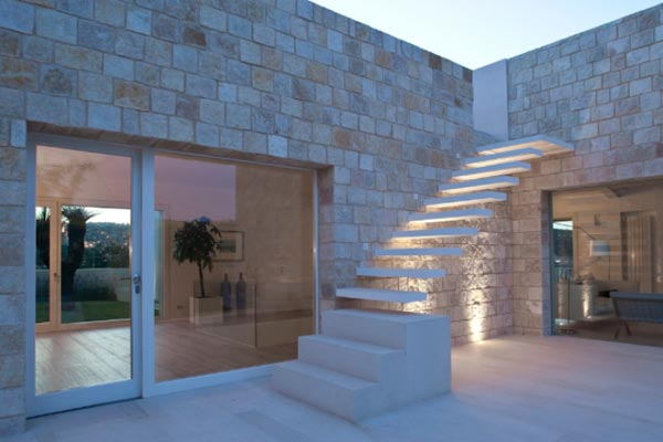 CASA LR in Ragusa Ibla by Architrend Architecture