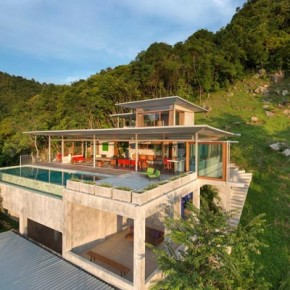 The Naked House in Thailand by Marc Gerritsen