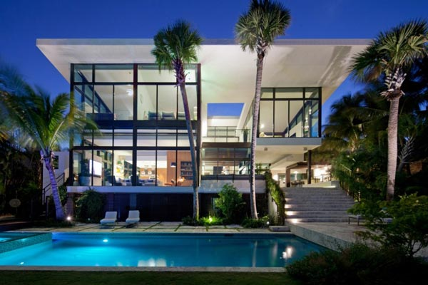 The Coral Gables Residence in Florida by Touzet Studio